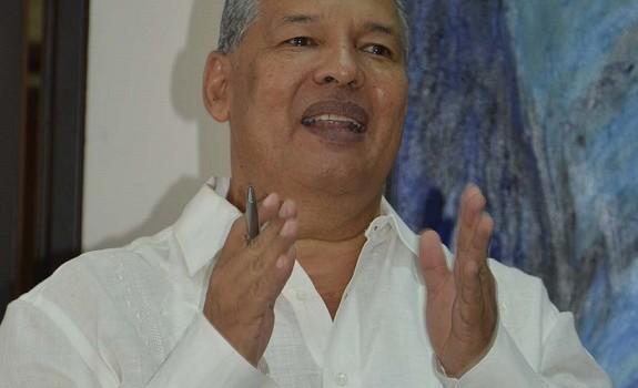 Gustavo Morales Fuentes, Gerente de Emdupar.