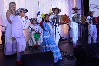 Los-Ninos-del-vallenato-de-la-Escuela-Rafael-Escalona-en-Panama-1